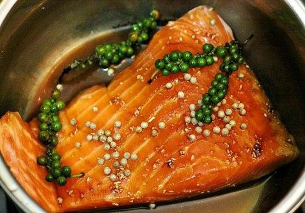 Ăn cá hồi có giảm cân không?