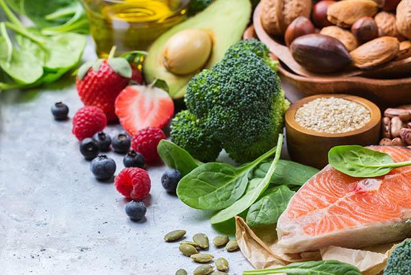 Ưu tiên những thực phẩm giàu chất xơ và Protein
