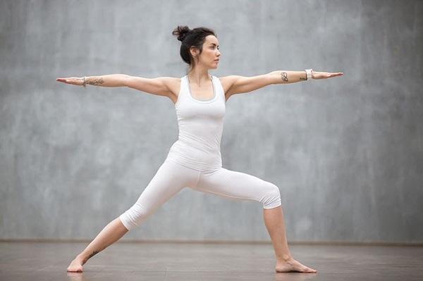 các bài tập yoga giảm cân đơn giản trước khi đi ngủ,những bài tập trước khi đi ngủ giúp giảm cân,những lưu ý bài tập yoga giảm cân buổi tối trước khi đi ngủ tại nhà