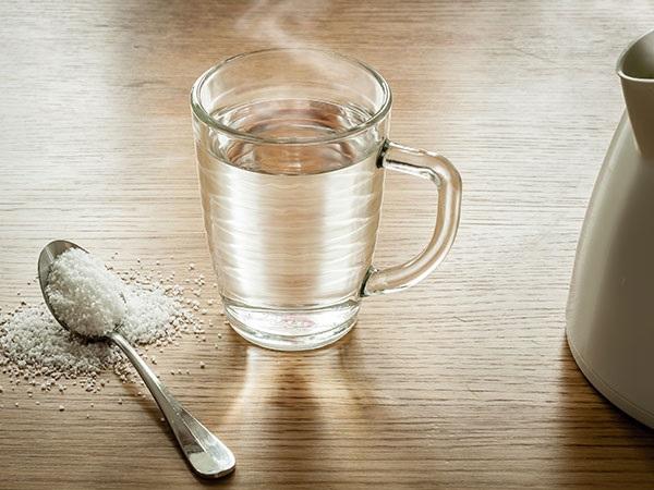 uống nước muối buổi sáng giảm cân,uống nước muối có giảm cân không,uống nước muối loãng giảm cân,uống nước muối pha loãng giảm cân,cách giảm cân bằng uống nước muối