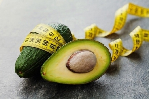 ăn trái (quả) bơ buổi sáng có giảm cân (béo) được hay không