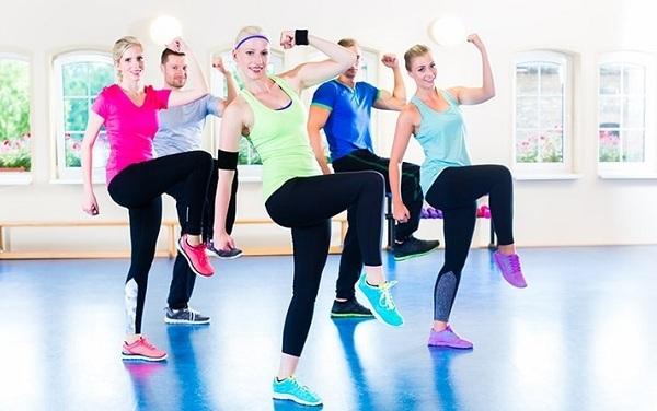 bài tập aerobic giảm mỡ bụng tại nhà