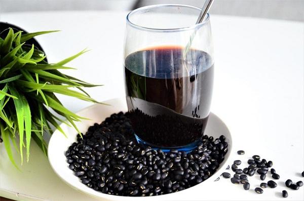 giảm cân bằng trà đậu đen