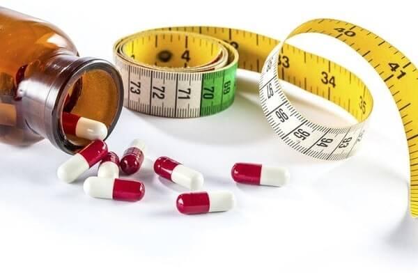 Uống thuốc giảm cân có tác hại gì không? Lời cảnh tỉnh từ chuyên gia
