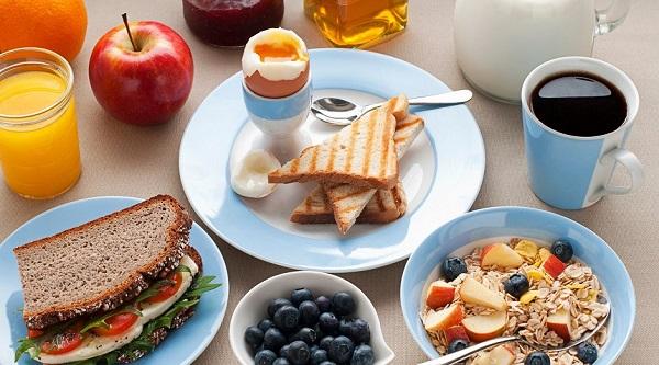 Bữa sáng cần bao nhiêu calo để giảm cân? | Giải đáp từ chuyên gia, bữa sáng cần bao nhiêu calo, bữa sáng nên ăn bao nhiêu calo, bữa sáng nên nạp bao nhiêu calo, bữa sáng cần bao nhiêu calo để giảm cân, bữa sáng cần bao nhiêu calo là đủ, bữa sáng nên cung cấp bao nhiêu calo, bữa sáng cần nạp bao nhiêu calo, bữa sáng có bao nhiêu calo, calo trong đồ ăn sáng, các bữa sáng giảm cân, cách làm bữa sáng giảm cân, bữa sáng giảm cân đơn giản, bữa sáng nên ăn bao nhiêu calo để giảm cân, bữa sáng cần bao nhiêu calo để giảm cân, bữa sáng nên ăn bao nhiêu calo, bữa sáng giảm cân cần bao nhiêu calo