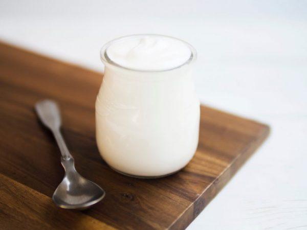 ăn sáng bằng sữa chua có giảm cân không